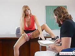 Amateur, Milf, American, Big Tits, Brunette, Deepthroat, Stockings