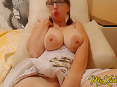 Lovable Saggy Tits. Heavy Simple Interior