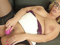 Amateur, Milf, big-ass, big-tits, hd, solo-female, stockings, toys