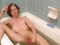 Amateur, Milf, Webcam, HD, Red Head, Smoking, Solo Female, Toys