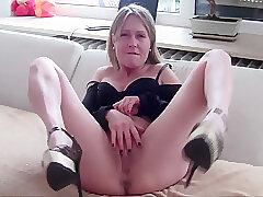 Amateur, Blondes, Milf, Small Tits, European, Solo Female, Toys