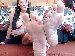 Amateur, Fetish, Milf, Webcam, Brunette, Foot Fetish, HD, Solo Female