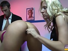 Cop Together There Get under one's Orgy Be advantageous to Offenders There Pascal White, Michelle Thorne Together There Keni Styles