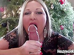Housewifekelly - Xmas Joshing