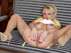 Blondes, Milf, Big Tits, HD, Solo Female, Stockings