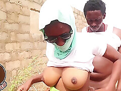 Horny, African Beggar Is Screwing His Neighbors Gormandizing