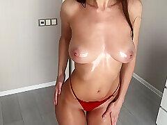 Devushka V Masle Pokazvaet Sebya I Masturbiruet Mokruu Kisku! 4k