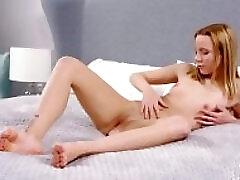 Roseate light-haired Zhopka Sladkaya confirms singleness