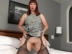 Mature, Masturbation, Solo, Webcam, Brunette, Close-up, HD, Stockings